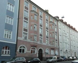 Schweigerstraße 4, Au